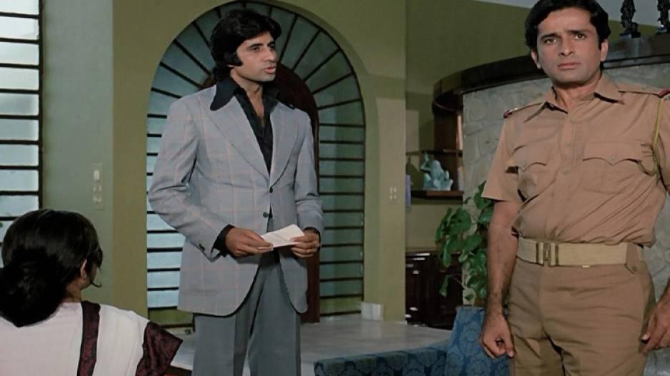 Amitabh The Dewaar Of Bollywood