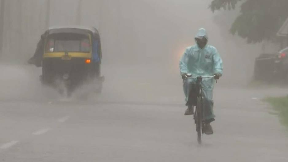 IMD Issues Heavy Rainfall Alert For Odisha; SRC Asks Collectors To Monitor Situation thumbnail