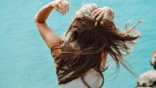 Monsoon Hair Care Tips For Frizz-Free Hair