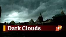 Puri Under Dark Clouds As Thunderstorm Activity Brings Heavy Rainfall & Wind