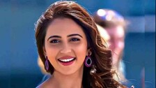 Rakul Preet Singh Comes Forward To Help COVID Patients Across Country