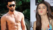 Ranbir Kapoor Spotted Shirtless With Alia Bhatt During Live Video Session!