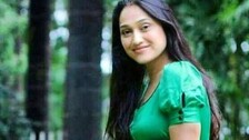 TMKOC's Disha Vakani Surprises With Her Hot Dance; Fans Comment 'Jethalal Ko Bolu Kya'