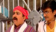 Taarak Mehta Ka Ooltah Chashmah: Champak Chachaji Accused Of Flirting With Jethalal's Wife (Throwback)
