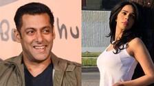 Mallika Sherawat Flirts With Salman Khan; Bhaijaan Shies, Pleads To Take Off Hands | WATCH Video