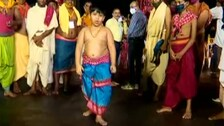 Awesome Moves By 5-Year-Old Servitor Of Lord Jagannath Will Make Your Day| #WATCH