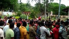Beneficiaries Block Highway Protesting Covid Vaccine Crunch In Boudh