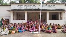 Villagers Lock Up Sarpanch & PEO In Odisha Alleging Irregularities In PMAY