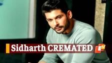 Shehnaaz Faints During Sidharth Shukla's Cremation In Mumbai