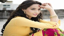 Nora Fatehi Stuns Her Fans Again; Zaalima Coca Cola Viewed 8 Million Times In 9 Hrs #Watch