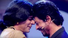 Shah Rukh Khan Throws Challenge At Sunil Grover To Do Bauaa's Act!