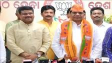 Jayaram Pangi joins BJP with followers